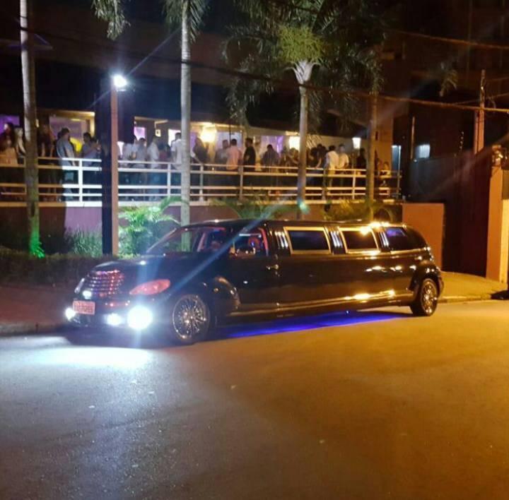 limousine casamento